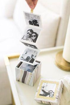 DIY photo box— makes a perfect gift! Diy Instagram, Instagram Giveaway, Diy Cadeau, Photo Boxes, Diy Photo Box, Diy Photo Cards, Photo Ideas, Cards Diy, Photo Craft