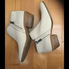 """Sam Edelman """"Petty"""" leather booties Sam Edelman boots in sand color - only worn once! Leather with wood block heel. Sam Edelman Shoes Ankle Boots & Booties"""