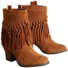 Pre-owned Anthropologie Knotted Fringe Suede Camel Boots ($124) ❤ liked on Polyvore featuring shoes, boots, camel, pre owned shoes, camel boots, camel shoes, fringe shoes and suede leather boots