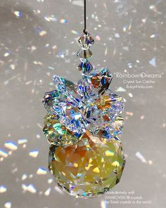 Bead Crafts, Arts And Crafts, Christmas Balls, Christmas Crafts, Xmas, Beautiful Birds, Beautiful Places, Beading Projects, World Of Color