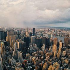 TBT NYC  #nycprimeshot #nyc #ig_nycity #icapture_nyc #newyork #newyorkcity #igersofnyc #tbt #made_in_ny #manhattan #vscocam #newyork_instagram #ny #iloveny #igersnyc #vsco #throwbacksaturday