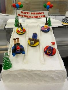We're ready for some snow tubing with this cake! 10th Birthday Parties, Birthday Cake Girls, 12th Birthday, Birthday Cakes, Birthday Ideas, Schnee Party, Snow Party, Party Party, Cake 2017