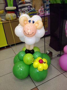 Овечка из воздушных шаров