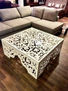 25 Lovely Wooden Home İn Forest - Room Dekor 2021 Metal Furniture, Home Decor Furniture, Rustic Furniture, Table Furniture, Furniture Design, Cheap Furniture, Furniture Ideas, Cnc Table, Cnc Cutting Design