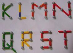 magnetix voorbeelden - Google zoeken Kindergarten Math Activities, Motor Skills Activities, Preschool Letters, Learning Letters, Fine Motor Skills, Activities For Kids, Maths, Braille Alphabet, Letter School