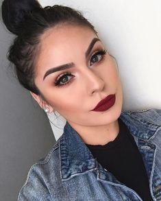 # Make-up Lippen Professional Makeup Course online! Bold Lip Makeup, Make Makeup, Glam Makeup, Skin Makeup, Work Makeup Looks, Makeup Brushes, Makeup Kit, Simple Makeup, Classy Makeup