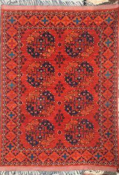 Esari rug, a sub-branch of Turkman weaving.