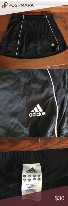 Adidas Tennis Skort Adidas black and white tennis Skort in a Medium. Excellent condition!  ......................... 🚫 - No Trades! 🚭 - listings from a non-smoking home 📬 - fast shipping 💌 - Feel free to make an offer!  💯 - items as described, feel free to ask questions  🔍 - search my closet for other great listings! 🛍 - Happy Shopping! Adidas Shorts Skorts
