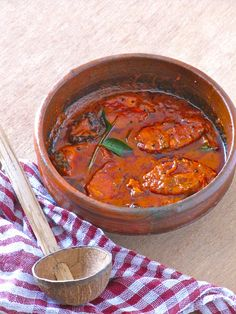 Red Fish Curry — Meen Vevichathu
