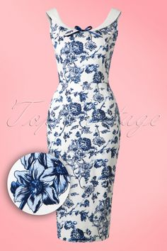 This Maddison Toile Floral Pencil Dress is one to fall in love with! Dark Blue Flowers, Prince Charmant, Stunning Redhead, Dress Up Jeans, Blue And White, Blue Bow, Ivory White, White Cotton, Pumps