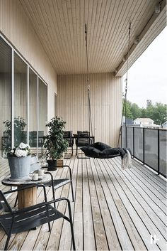 Balcony decor: Turn the balcony into a charming corner-Balkondekor: Verwandeln Sie den Balkon in eine charmante Ecke – Fresh Idees – Dekoration decor: Turn the balcony into a charming corner – Fresh Idees- # decoration - Apartment Balcony Decorating, Apartment Balconies, Apartment Interior, Luxury Decor, Luxury Interior, Decor Interior Design, Luxury Apartments, Small Apartments, Luxury Homes