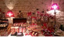 Natale alle Loggie - Christmas at the Logge, in MONTEPULCIANO (Siena, Tuscany), Dec. 6- Jan. 6. 2014, 10 a.m. to 6:30 p.m., in Piazza Grande 7; local products and crafts exhibit and sale.