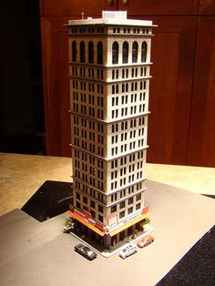 N Scale city models and skyscrapers (future train layout) - SkyscraperPage Forum Minecraft City Buildings, New York City Buildings, N Scale Buildings, Ho Model Trains, Lego City Sets, N Scale Trains, Minecraft Plans, City Model, Ferrat