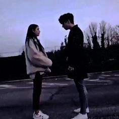 Film Photography Tips, Best Friend Photography, Grunge Photography, Aesthetic Movies, Bad Girl Aesthetic, Aesthetic Videos, Love Songs For Him, Cute Love Songs, Cute Couple Videos