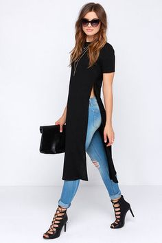 Your skinny jeans and booties will be thrilled to pal around with the Lovin the Crew Neck Black Maxi Top Stretchy black ribbed knit constructs a crew neck bodice with sho. Classy Outfits, Chic Outfits, Fall Outfits, Kurti With Jeans, Dress Over Pants, Mode Kimono, Look Fashion, Womens Fashion, 80s Fashion