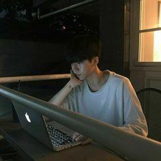 Korean Boys Ulzzang, Ulzzang Couple, Ulzzang Boy, Korean Men, Boy Images, Cute Boys Images, Cute Asian Guys, Asian Boys, I Hate My Life