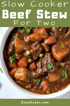This crockpot beef stew is easy and tastes amazing. A hearty bowl of slow cooker beef stew on a cold fall or winter day is one of the best ways to warm up. Tender cubed stew meat is slow cooked with o Beef Stew Crockpot Easy, Crockpot Recipes For Two, Stew Meat Recipes, Slow Cooker Beef, Slow Cooker Recipes, Cooking Recipes, Crockpot Beefstew, Cubed Beef Recipes, Beef Stee Crockpot