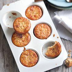 Apfel-Bananen-Muffins Dot-friendly and super tasty 💚 // 1 💙 // 0 💜, 12 pieces). Breakfast Low Carb, Fast Food Breakfast, Weight Watchers Breakfast, Breakfast Bowls, Yogurt Breakfast, Breakfast Crockpot, Breakfast Cereal, Breakfast Cookies, Breakfast Bake