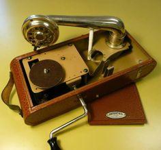 Reise-Grammophon EXCELDA (?), Swiss Made in Mörschwil kaufen bei ricardo.ch