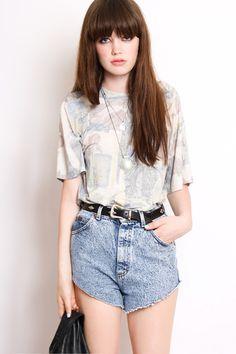 vintage grunge // denim shorts // patterned top