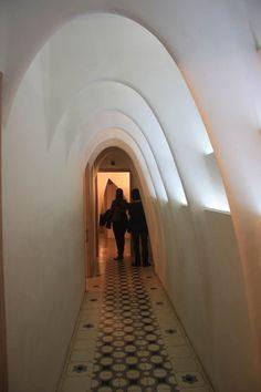 There are more than 60 parabolic arches in the loft area of La Casa Batlló