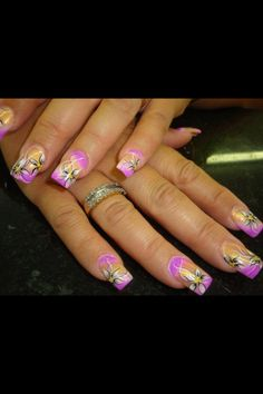 Flowers. Pink tip nail art