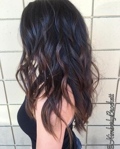 Long layered hair with chocolate-brown balayage hair color i Onbre Hair, New Hair, Brown Ombre Hair, Black Ombre, Dark Brown Hair Rich, Mocha Brown Hair, Long Wavy Hair, Wavy Black Hair, Hair Color Ideas For Black Hair