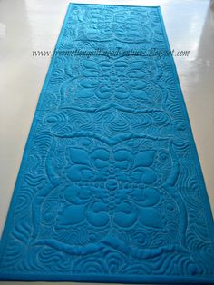 Amy's Free Motion Quilting Adventures: Embroidered and Quilted Table Runner