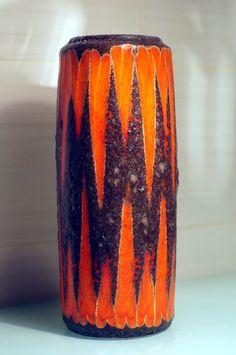 Jarrón Lava W. Germany Pottery 532-28. Años 60