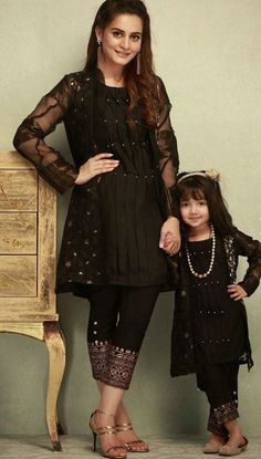 Mom And Baby Dresses, Baby Girl Dress Patterns, Stylish Dresses For Girls, Stylish Dress Designs, Dresses Kids Girl, Designs For Dresses, Mom Dress, Girl Outfits, Pakistani Fashion Casual