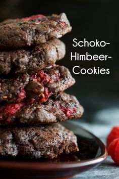 Himbeer-Schoko-Cookies - Jenny is baking Raspberry chocolate cookies are perfect for chocolate cravi Rasberry Cookies, Lemon Cookies, No Bake Cookies, Fruit Cookies, Baking Recipes, Cookie Recipes, Dessert Recipes, Dinner Recipes, Chocolate Desserts