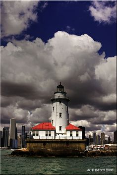 Chicago's Lighthouse 2 by 1 Johnny, via Flickr