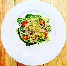 unnamed (3) Zucchini, Vegetables, Fitness, Food, Thin Legs, Mushrooms, Vegetarian Recipes, Noodle, Healthy Recipes
