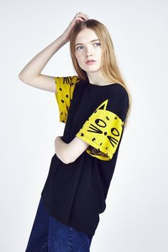 Lazy Oaf Leopard Sleeve T-shirt Kids Fashion, Fashion Outfits, Womens Fashion, Fashion Design, Pretty Outfits, Cool Outfits, Elisa Cavaletti, Hipster, Diy Clothes