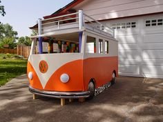 """""""DIYDad"""" built a VW microbus bed as a birthday gift for his three year old daughter. The bed is on top, and a play space is below. It uses real VW parts scored for free on Craigslist, and the headlights are illuminated      //      http://makezine.com/2015/02/12/happy-camper-dad-builds-toddler-a-vw-bus-bed/"""