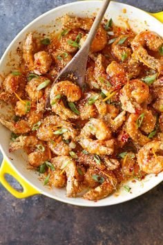 Sweet and spicy crispy shrimp for all occasions with the most heavenly and amazing honey orange sauce!