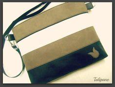 Csinos csíkos táska szürke-fehér-fekete
