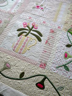 Sew Kind Of Wonderful: Love the quilting and such a cute quilt.