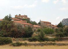 Le Portail de Gîtes, de Meublés de Tourisme, d'Hébergements Insolites & de Chambres d'Hôtes http://www.trouverunechambredhote.com/ a décidé de vous faire mieux connaître les Villes & Villages de France, aujourd'hui nous nous rendons à ARBOUSSOLS MARCEVAL dans le Département des PYRENEES ORIENTALES.  ARBOUSSOLS MARCEVAL est proche du prieuré de Marcevol, petit hameau fortifié de montagne, le village a suivi l'histoire de ce bâtiment religieux. L'église date du XIIe siècle (1142)