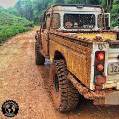 When you're back from a quick trip and need to get the landy washed. Land Rover Defender 110, Defender Camper, Landrover Defender, 4x4, Land Rover Off Road, Offroader, Range Rover Classic, Expedition Vehicle, Jeep Truck