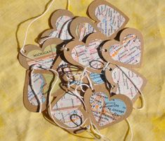 Cute heart Garland made from road maps & cardboard boxes. Would be fun to make a vacation/travel themed tree.