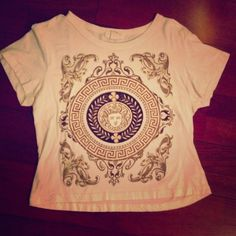 H81 top Cream top with pattern on the front. Back has nothing on it.  In great condition Forever 21 Tops Tees - Short Sleeve
