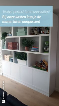 Living Room Bookcase, Kallax, Future House, Green And Grey, New Homes, Shelves, House Styles, Interior, Projects