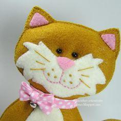 Uma gatinha chamada Mia | Gracinhas Artesanato