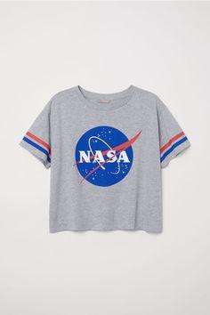Puuvillainen T-paita - Harmaameleerattu/NASA - Summer Outfits, Girl Outfits, Casual Outfits, Fashion Outfits, Workwear Fashion, Fashion Blogs, Summer Clothes, Fashion Trends, Pull Nasa