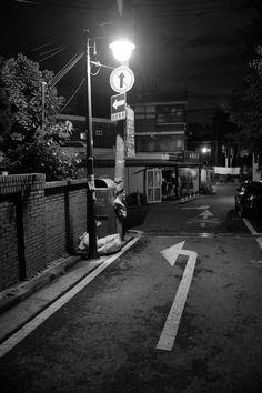 #fuji #fujix70 #fujifilm #bnw #blackandwhite #snap #snapshot #160510 #스냅 #스냅사진 #흑백 #흑백사진 #후지 #후지필름 #후지x70