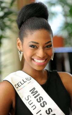 Now that Rolene Strauss win miss World, Ziphozakhe Zokufa (second runner up) will take over as Miss South Africa 2014 Beautiful Inside And Out, Miss World, South Africa, Queens, The Past, Texas, Culture, History, Country