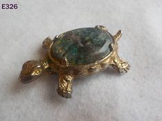 Vintage Costume Jewelry Gemstone Turtle Shell Pin Brooch Gold
