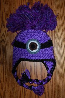 this is an easy pattern that makes up quick with the chunky yarn. I used one whole skein of the Minneapolis Purple for the preschool hat so you will probably need two skeins for the larger sizes. If you want to make a regular minion just change the color to yellow.