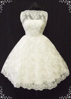 50s wedding dress. I think this is the one <3